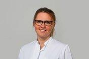 Dr. med. Jennifer Plötner, Fachärztin für Allgemeinchirurgie