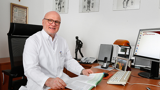 Dr. Kunath
