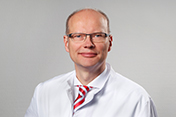 Herr Dr. med. Burkhard Thiel