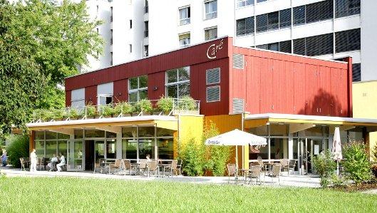 In unserem Caré (Café und Restaurant) am Knappschaftskrankenhaus können Patienten und Besucher leckere Speisen und Getränke zu sich nehmen.