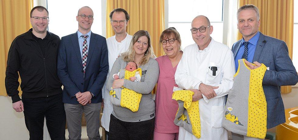 Übergabe BVB Babyschlafsäcke