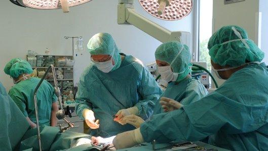 Leitender Arzt der Abteilung Thoraxchirurgie, Dr. med. Burkhard Thiel
