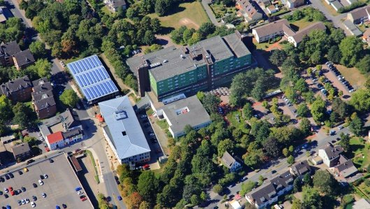 Luftaufnahme des Hellmig-Krankenhauses